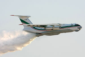 Watertanker IL-76D of IRGC.jpg